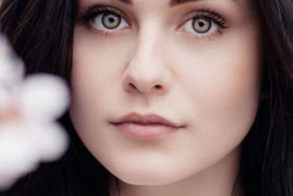 چگونگی داشتن چشمان زیبا