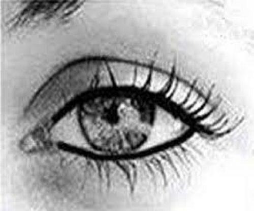 آرایش چشم زیبا و ساده بدون استفاده از قلم های آرایشی! +عکس