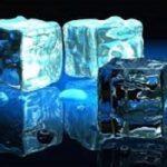 برای داشتن پوستی زیبا از یخ کمک بگیرید