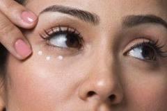 ۱۳ راه حل برای رهایی از سوزش پوست بعد از اصلاح