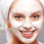 آموزش ۷ نوع ماسک شفاف کننده پوست با ماست
