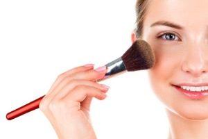 نکات آرایشی برای جلوگیری از آسیب به پوست های حساس