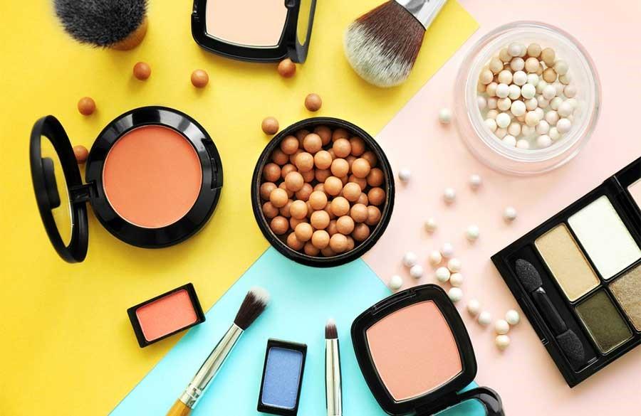 آرایش صورت و ترفندهای آن را برای بهتر شدن یاد بگیرید