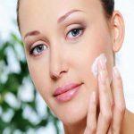 بهترین مرطوب کننده های طبیعی برای خشکی پوست
