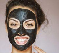 چهار ماسک زغال خانگی برای مشکلات رایج پوستی