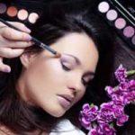 اصول آرایش صورت آکنه دار را یاد بگیرید