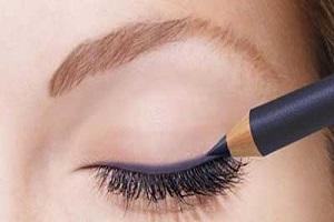 اشتباهات آرایش چشم و رعایت نکات مهم در آرایش