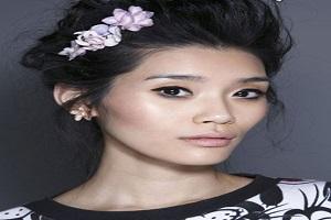 تزئین مو با اکسسوارهای شیک و زیبا نظیر سنجاق و تل +عکس