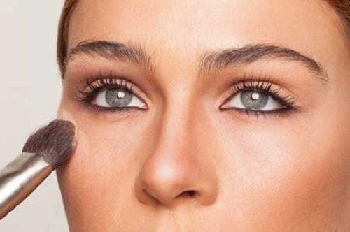 طرز صحیح آرایش صورت