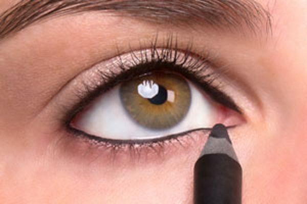 ۶ گزینه برای آرایش خط مژه پایین چشم +عکس