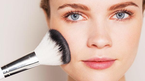 تصاویر مرحله به مرحله از یک آرایش جذاب دخترانه
