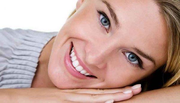 ۱۰ راز نگفته آرایشی که صورت تان را زیباتر می کند