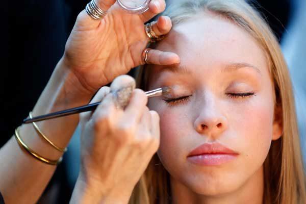 نکات آرایشی بهداشتی برای پوست های حساس که باید بدانید