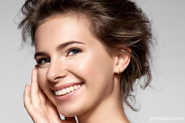 نکات کوتاه آرایشی برای ترتیب کاربرد لوازم آرایش و آرایش با ظاهر جوان تر